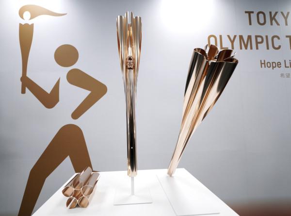 Спортдайджест: огонь токийской Олимпиады-2020 загорится в сакуре
