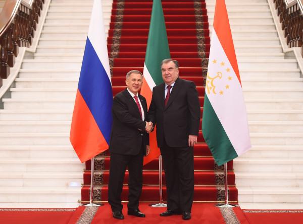 Рахмон и Минниханов обсудили экономические отношения Таджикистана и Татарстана