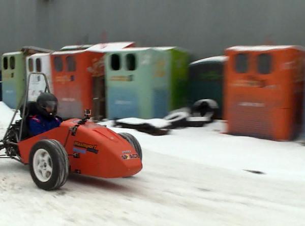 Жажда скорости: петербургские студенты собрали спорткар
