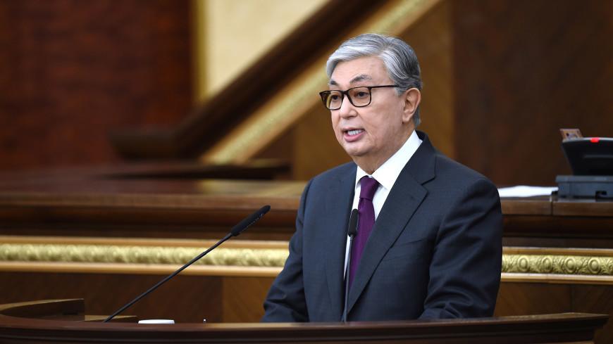 Токаев поручил быстрее поднять зарплаты казахстанским бюджетникам