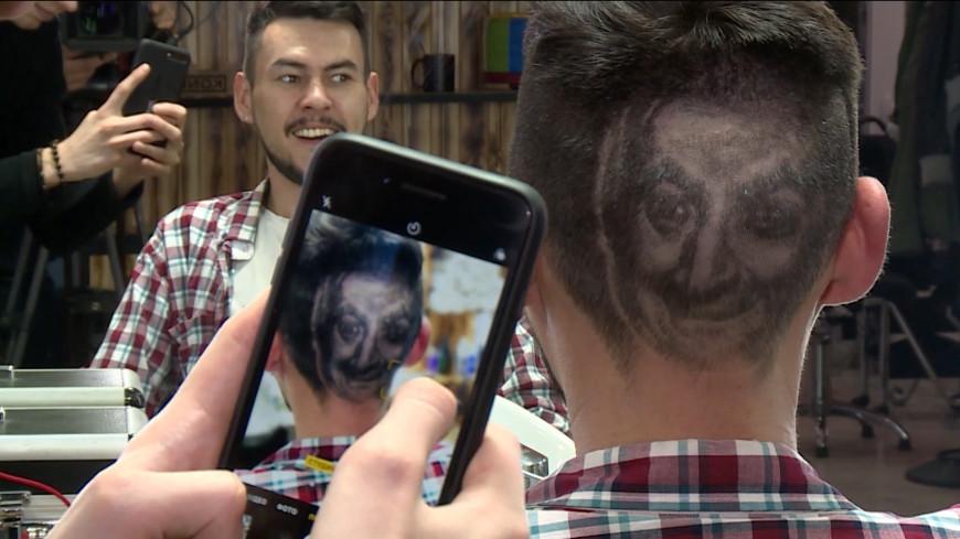 Шедевр на затылке: парикмахер из Алматы выстригает на головах картины