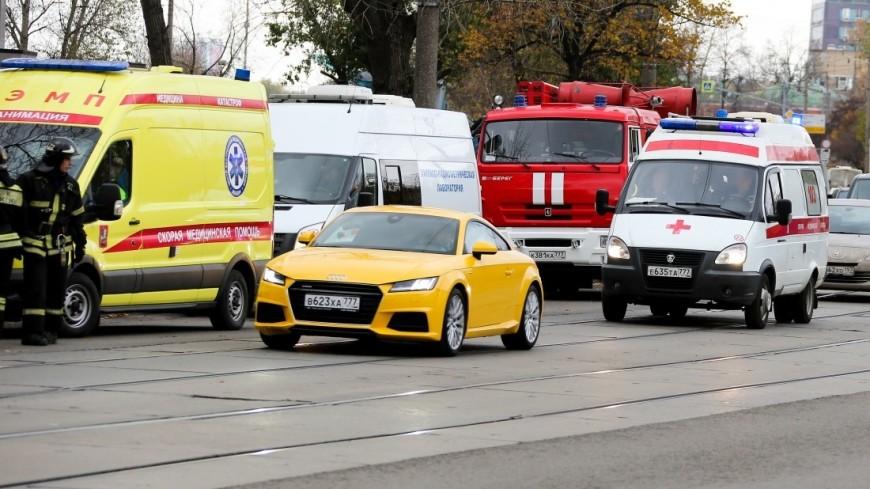 Опасный маршрут: в Казани трамвай сгорел дотла во время движения