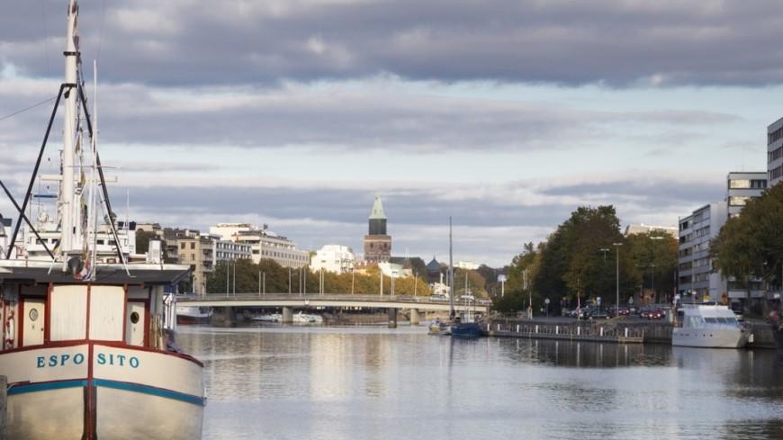 "Фото: Пётр Королёв (МТРК «Мир») ""«Мир 24»"":http://mir24.tv/, яхта, турку, финляндия, набережная, латинская набережная, лодка, корабль"