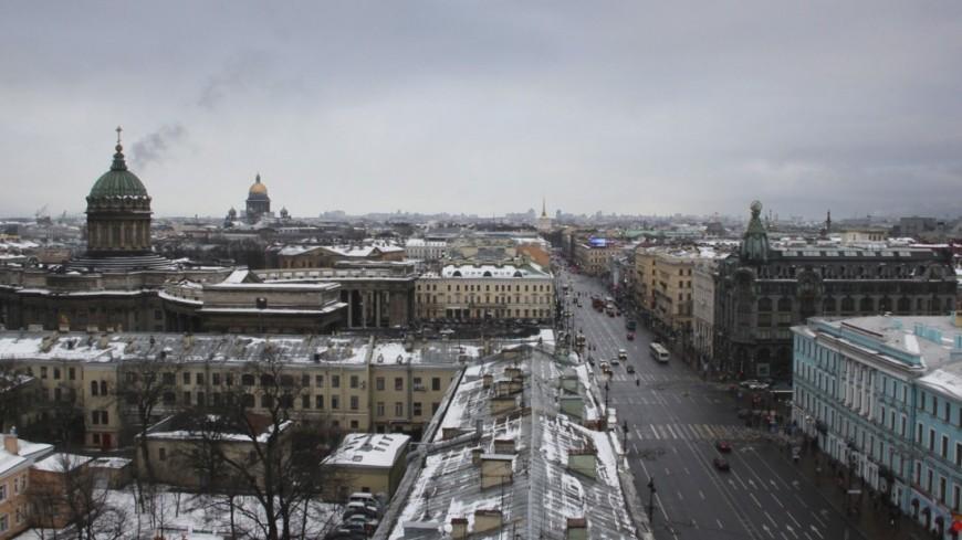 Метель в Петербурге: сильный снегопад привел к сотням ДТП