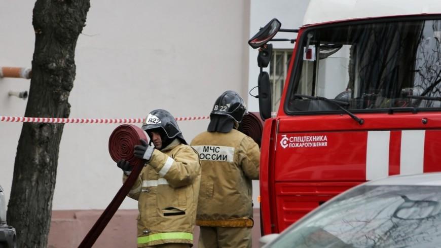 В Краснодаре потушили пожар на складе с полиэтиленовой продукцией