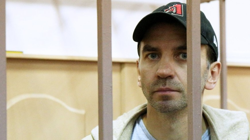 Суд арестовал у Абызова 437 млн рублей, землю, дома и квартиры