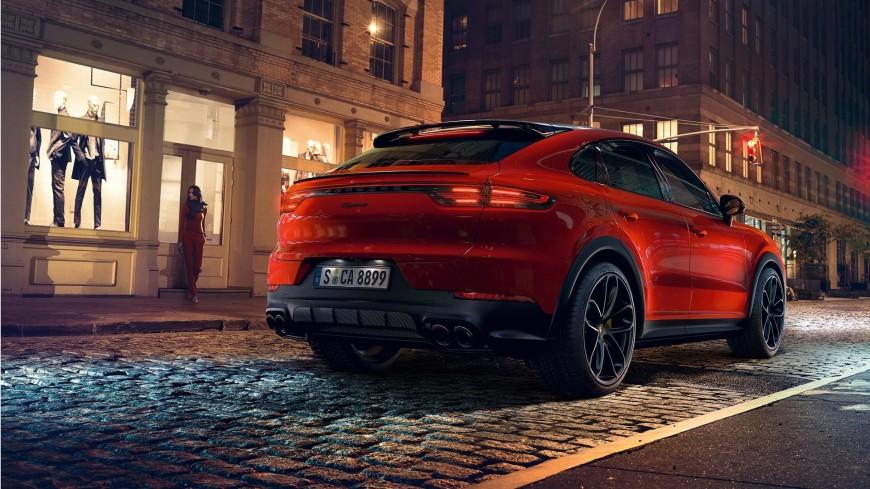 Porsche рассекретила новый кроссовер Cayenne Coupe