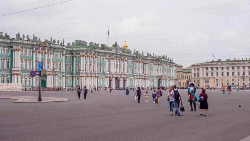 """Фото: Марина Дыкун (МТРК «Мир») """"«Мир 24»"""":http://mir24.tv/, зимний дворец, санкт-петербург, питер, эрмитаж, дворцовая площадь"""