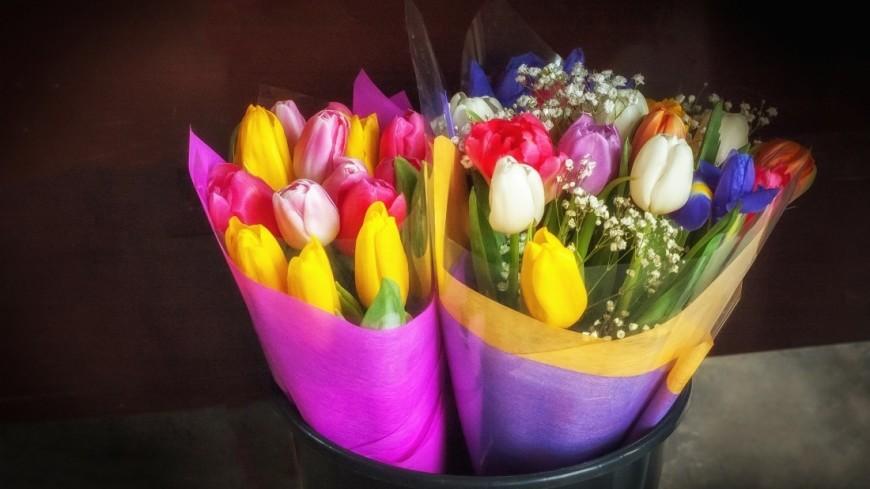 8 марта на улицах города,8 марта, цветы, букет, ,8 марта, цветы, букет,
