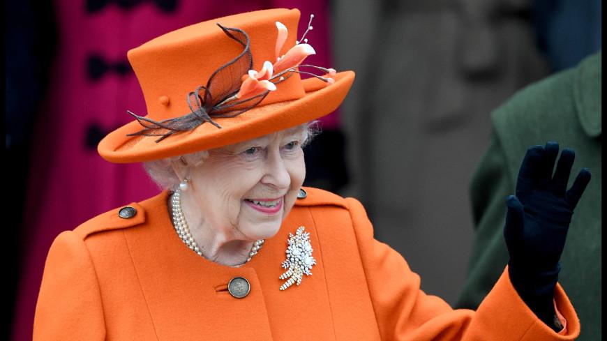 Пять тысяч комментариев: Елизавета II покоряет Instagram