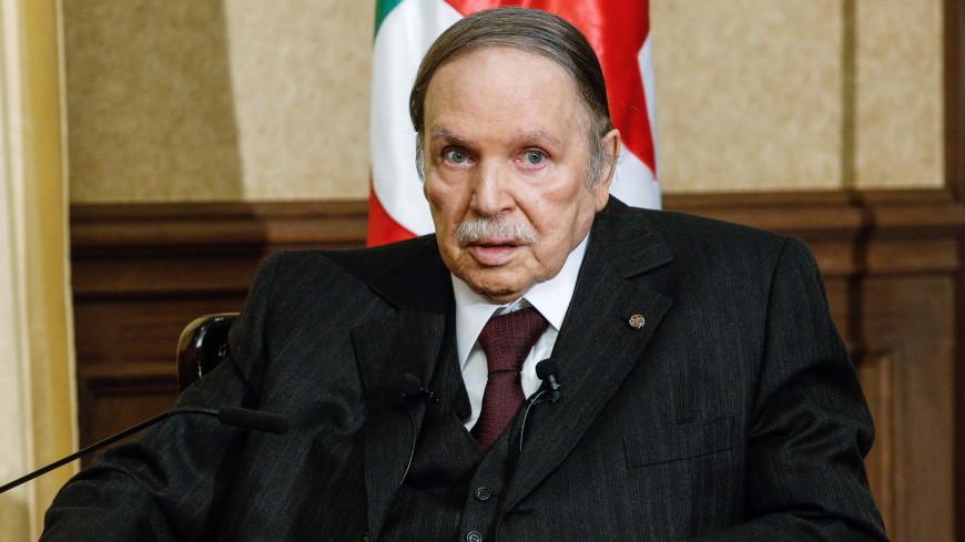 Идущий на пятый срок президент Алжира оказался при смерти