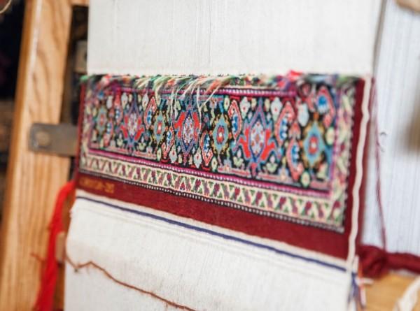 В Дагестане открылся этнохостел, где можно ткать ковры
