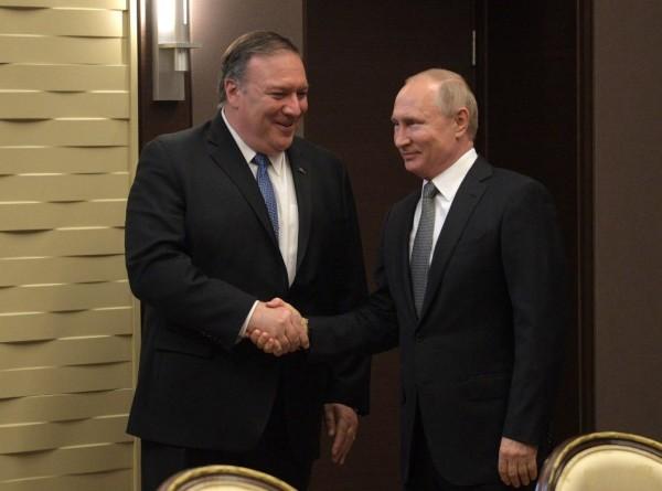 «Шансы есть»: эксперт – о визите Помпео и улучшении отношений РФ и США