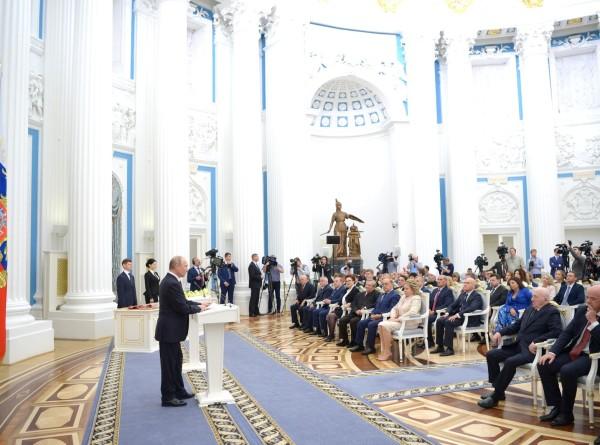 Государственные награды из рук президента