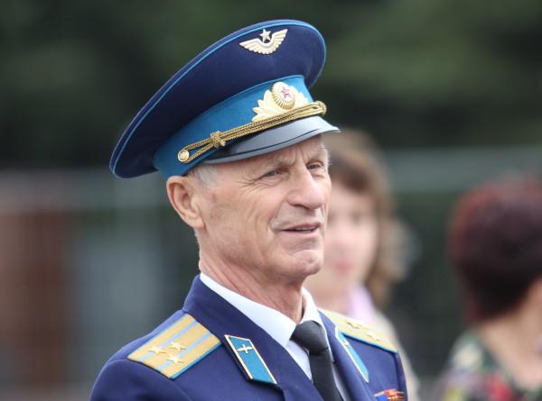 Москвичи празднуют День Победы на Поклонной горе