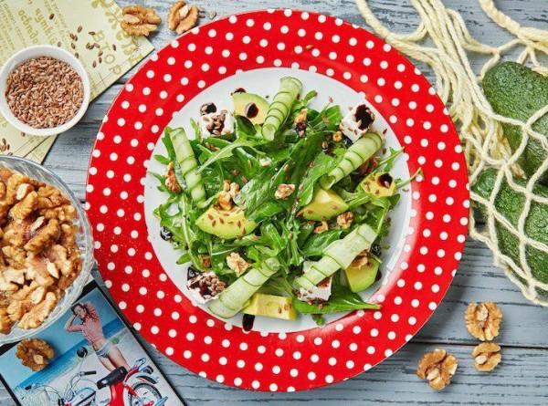 Летние салаты со свежей зеленью. Рецепты