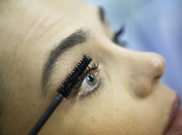 Лайфхак: как избавиться от морщин вокруг глаз без ботокса