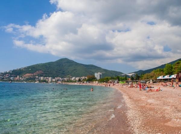 Где россияне собираются отдыхать этим летом