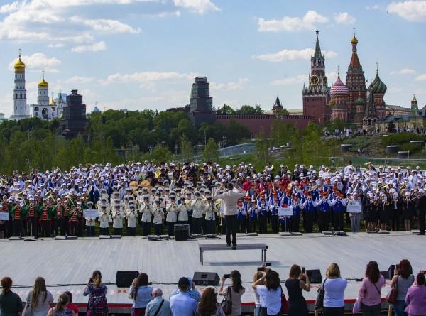 В Зарядье 12 мая выступят детские и молодежные духовые оркестры, группы барабанщиков и мажореток