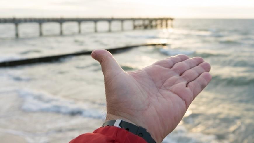 Зеленоградск, Море, Пляж, Пирс, рука