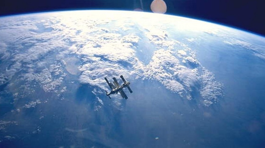 Появление жизни на Земле связали с Луной