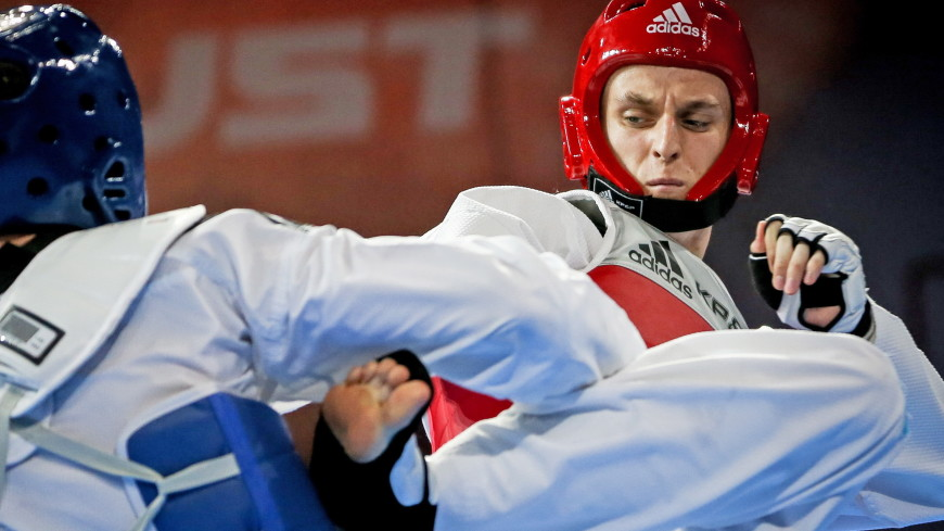 Российские тхэквондисты получили четыре медали на ЧМ в Великобритании