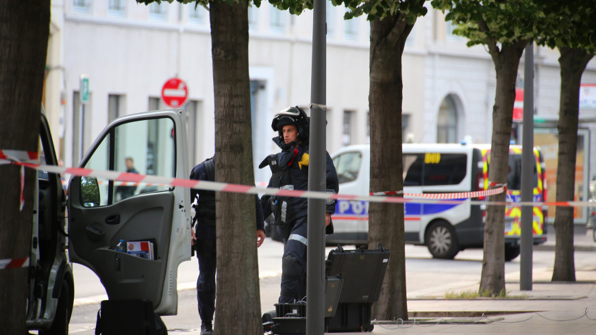Французская полиция опубликовала фото подозреваемого во взрыве в Лионе