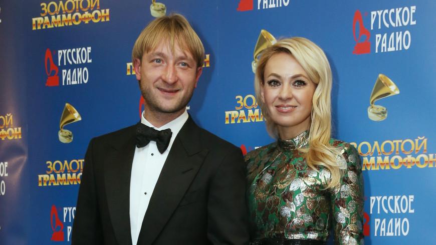Рудковская обнаружила Плющенко в постели с другой