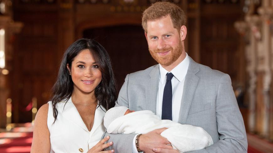 СМИ: Принц Гарри и Меган Маркл не являются полными опекунами сына