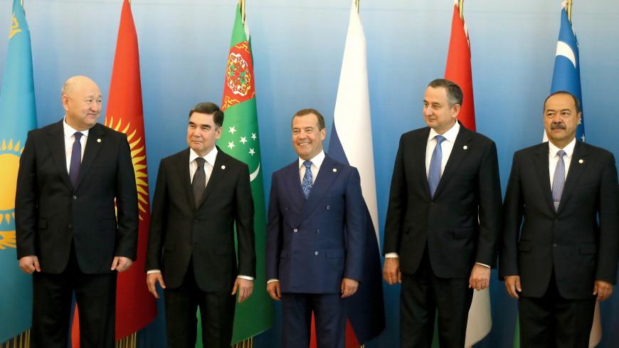 Бердымухамедов пригласил страны СНГ на I Каспийский экономический форум