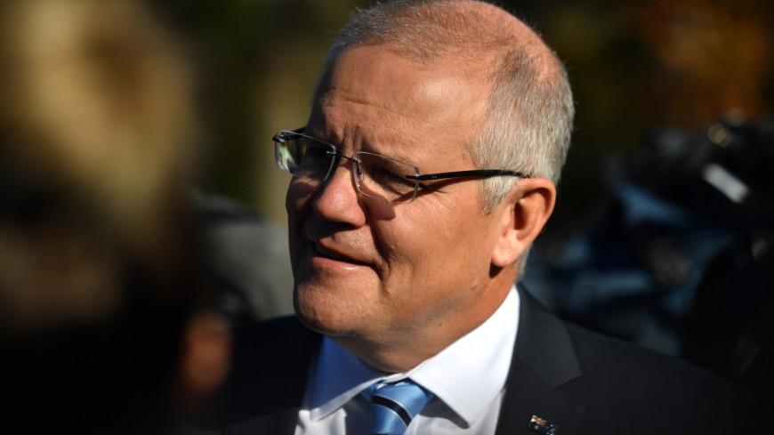 Полет яйца: активистку будут судить за нападение на премьера Австралии