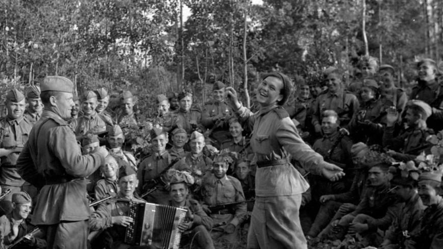 Духовное оружие фронта: какие военные песни популярны до сих пор