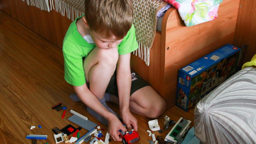 «Чтобы получить жилье, надо пройти все круги ада»: как в Москве помогают онкобольным детям