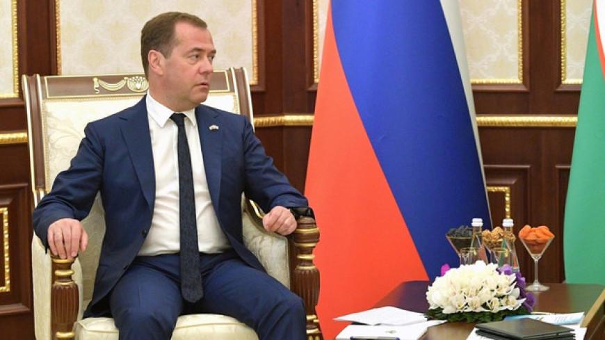 Россия построит в Узбекистане АЭС и поставит вагоны для метро