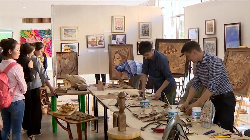 Бишкекцев в «Ночь музеев» учили мастерству скульптуры и гончарному делу