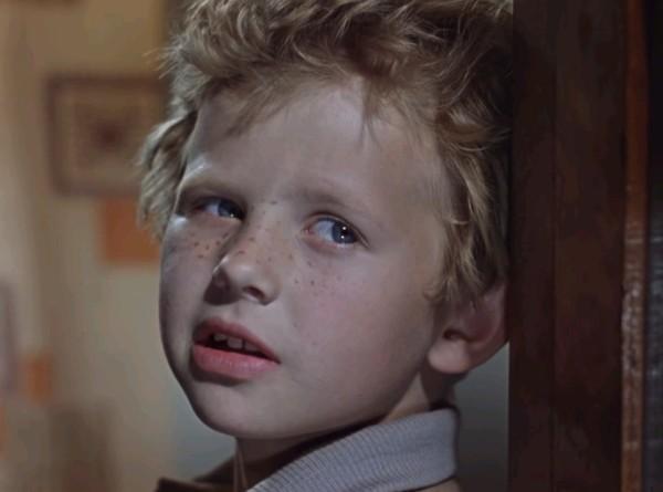 «Дети Дон Кихота»: что стало с актерами, сыгравшими сыновей заведующего роддомом?