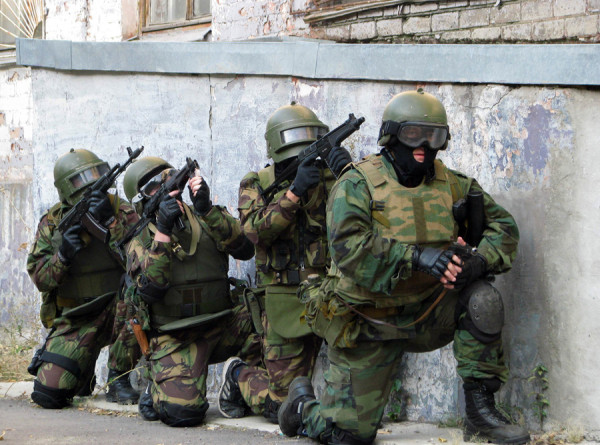ФСБ задержала готовивших переворот террористов (ВИДЕО)