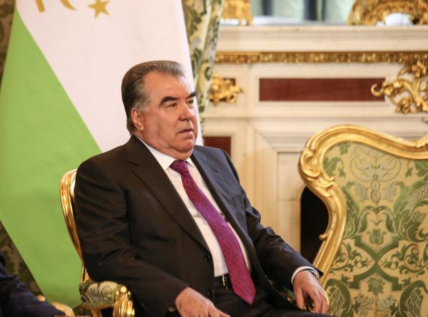 Рахмон пригласил главу ЮНЕСКО посетить Таджикистан