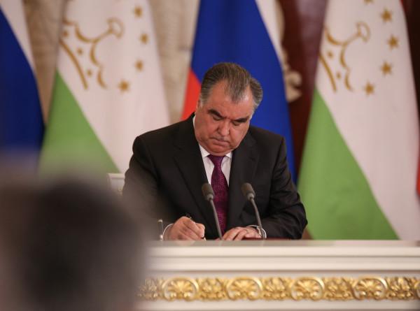 День президента: почему за Эмомали Рахмоном пошел народ