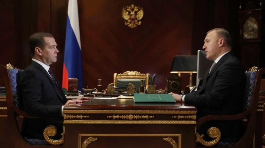 Медведев обсудил с главой Адыгеи реализацию нацпроектов в республике