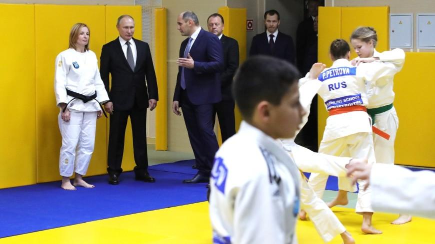 Путин вручил в клубе дзюдо «Турбостроитель» госнаграды Ротенбергу и Рахлину