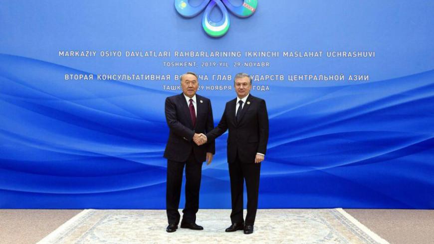 В Ташкенте Мирзиеев встретился с первым президентом Казахстана Назарбаевым