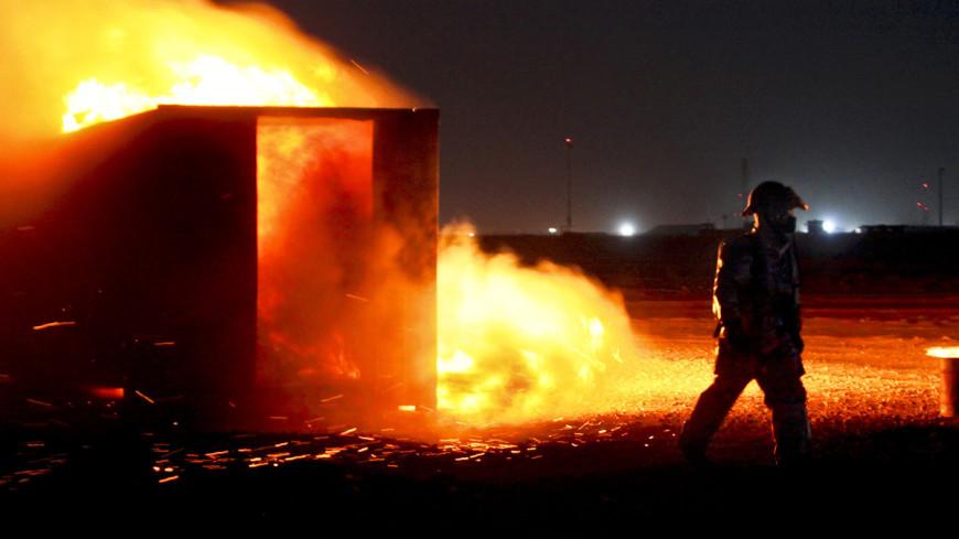 "Фото: Sgt. Frances Johnson, ""Минобороны США"":http://www.defense.gov/, пожарные сша, пожар, взрыв, пожарные"