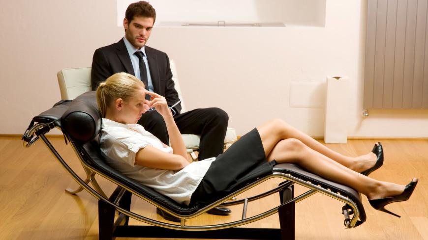 «Клеймо» на всю семью: почему люди боятся идти к психологу?
