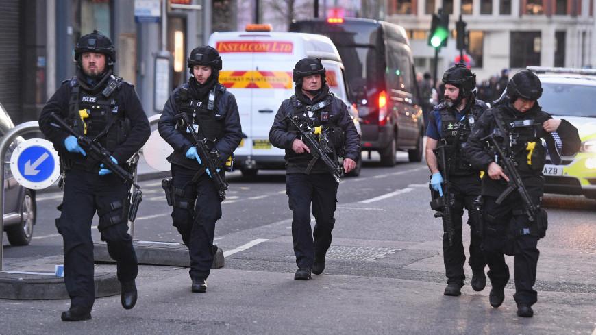 В Гааге и Лондоне преступники напали на прохожих