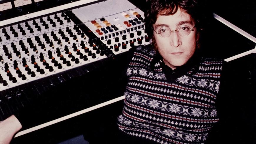 Знаменитые круглые очки Леннона проданы с молотка более чем за $180 тысяч