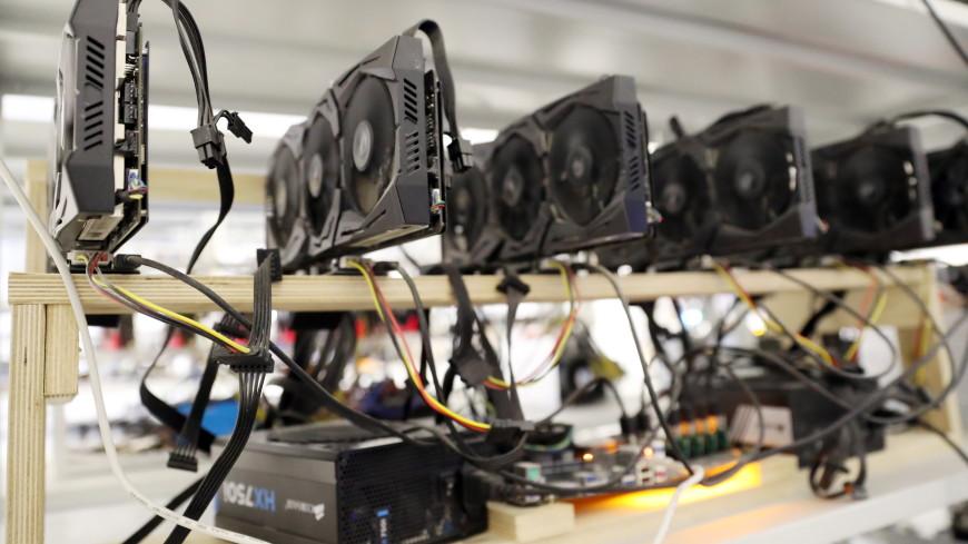 Россиянин соорудил криптоферму в гараже и украл электричества на миллион рублей