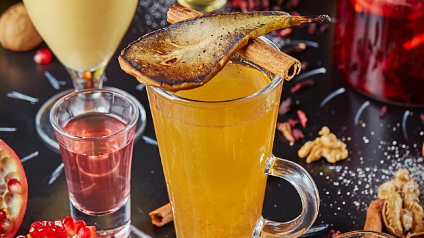 Вкус ноября: облепиховый чай, сок со специями и ромом, глинтвейн с черносливом и другие согревающие напитки