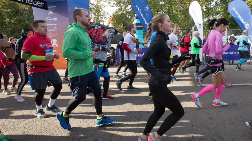 Российская столица отмечает праздник спорта - в городе прошел традиционный Московский марафон. ,московский марафон, марафон, бег, бегун, забег, спортсмен, ,московский марафон, марафон, бег, бегун, забег, спортсмен,