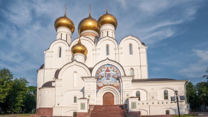 Одна из церквей города Ярославль,церковь, храм, религия, христианство, православие, вера,церковь, храм, религия, христианство, православие, вера